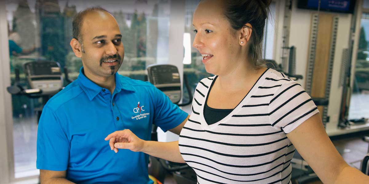 Working on a Back Pain Injuries With Physiotherapist in Surrey, BC | Surrey 152St Nordel Physiotherapy & Sports Injury Clinic